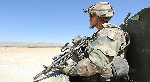 Un soldat français patrouille dans le sud de l'Afghanistan, en août 2009.