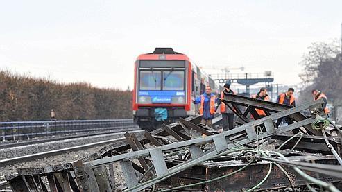 36 passagers ont été blessés dans l'accident, dont un adolescent de 14 ans qui a perdu une oreille.