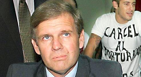 Le capitaine Alfredo Astiz, en 2002.