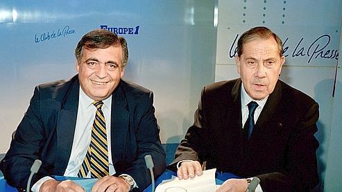 Philippe Séguin (à gauche) au côté de Charles Pasqua en 1990.