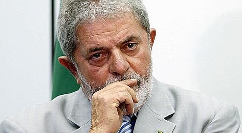 Le président Lula va devoir trouver une position acceptable par les militaires et les ONG réunissant les parents des victimes de la dictature.