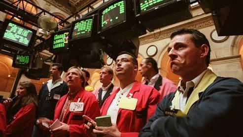 La Bourse de Paris pénalisée par les valeurs bancaires