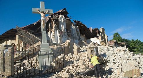 La paroisse du Sacré Cœur à Port-au-Prince, détruite par le séisme.