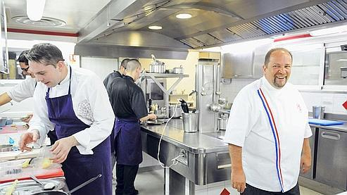 Meilleur ouvrier de France en 1996, première étoile Michelin en 1997 avant de décrocher une deuxième étoile en 2001, Gilles Goujon, dont le restaurant se situe dans un minuscule village de 133 habitants à 30 km de Narbonne, se dit «désormais libéré».