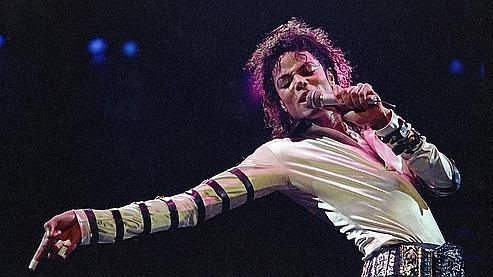 Sony et la famille de Michael Jackson ont salué ce contrat comme l'accord plus lucratif jamais signé dans l'industrie musicale.