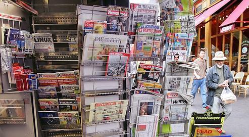 Premier média en volume avec 3,75milliards d'euros de recettes nettes, la presse écrite essuie une forte baisse (-18,1%).