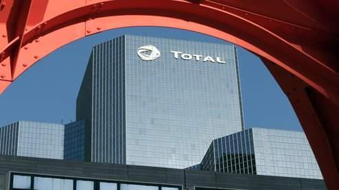 Le groupe Total est misen examen pour corruption