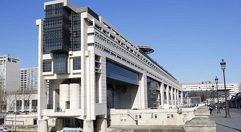 Le ministère de l'Économie et des Finances. Selon les chiffres de Bercy, l'exonération a généré un manque à gagner pour l'État de 6,1 milliards en 2009.