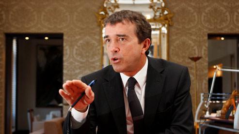 Arnaud Lagardère, dans son bureau.