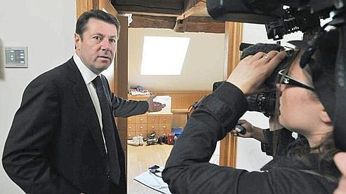 «Il n'y a pas eu de logement attribué à ma famille», a insisté Christian Estrosi en ouvrant les portes aux médias de son appartement situé rue de Lille. (Photo: AFP)