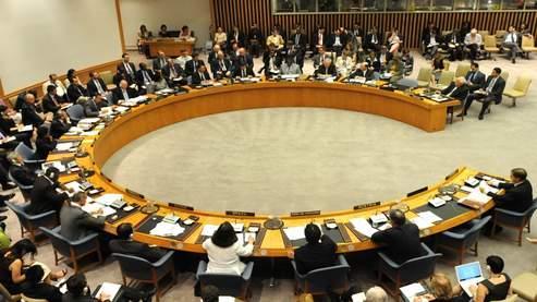 A l'ONU, le Conseil de sécurité a discuté pendant plus de douze heures pour s'accorder sur un texte commun.