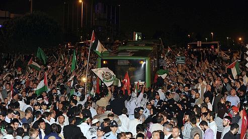 Les militants pro-palestiniens ont été accueillis sous les hourras jeudi matin à Istanbul.