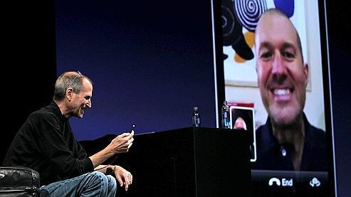 Steve Jobs a fait une démonstration des conversations vidéo lundi soir.