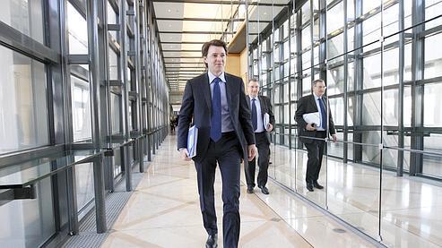François Baroin, ministre du Budget, des Comptes publics et de la Réforme de l'État, à Bercy. Ici, avec Didier Banquy, son directeur de cabinet.