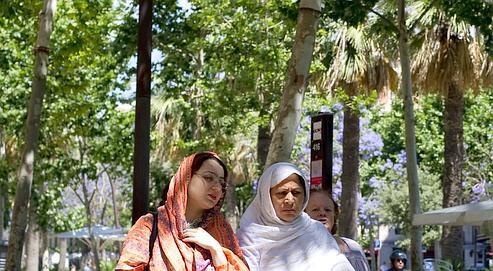 Le débat sur la burqa franchit les Pyrénées