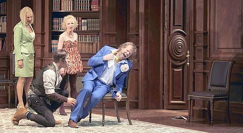 De gaucheà droite, Marlis Petersen, Kyle Ketelsen, Kerstin Avemo et Bo Skovhus dans Don Giovanni, de Mozart,,au Théâtrede l'Archevêché,à Aix-en-Provence, lors du 62e Festival d'art lyrique.