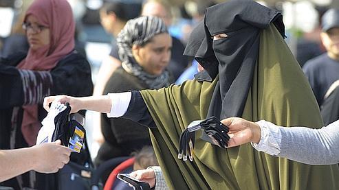 Niqab : un fonds d'un million pour payer les amendes