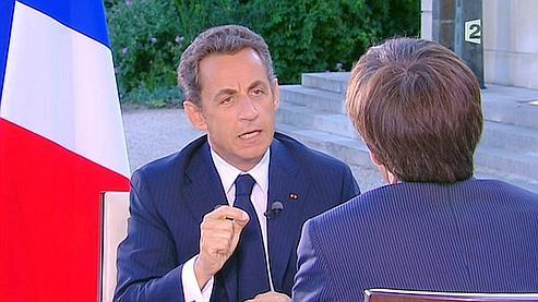 Nicolas Sarkozy, lundi soir, face à David Pujadas.