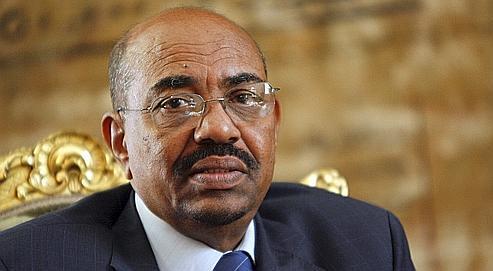 Le président soudanais Omar el-Béchir (ici au Caire en mars 2009) fait l'objet, depuis lundi, d'un second mandat d'arrêt délivré par les juges de la Cour pénale internationale.