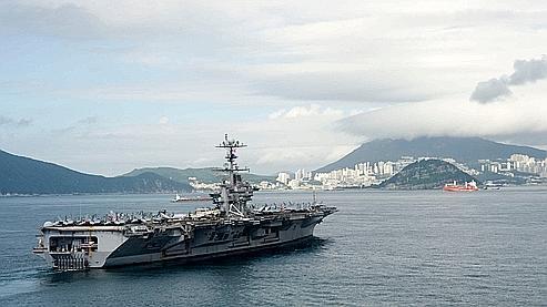 Le USS George Washington arrive à Busan pour des manœuvres prévues entre la Corée du Sud et les Etats-Unis.