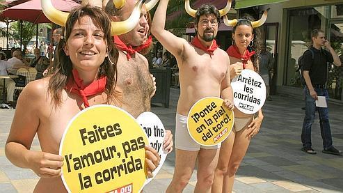 Les «anti-corrida» espèrent que l'abolition votée mercredi en Espagne va relancer le débat en France.