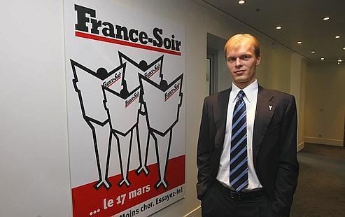 Alexandre Pugachev : «Il ne suffit pas de faire de France-Soir un «Parisien bis» pour réussir » .