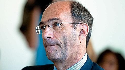 Le ministre du Travail a dénoncé mardi une «entreprise de démolition» contre lui.