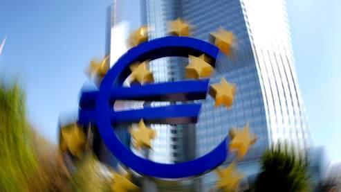 Bini Smaghi, membre du conseil des ouverneurs de la BCE, envisage une perte de confiance des investisseurs dans les pays les plus sûrs.