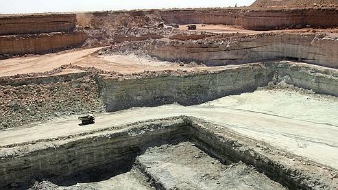 Areva, qui exploite des mines d'uranium au Niger, a confirmé dans la matinée l'enlèvement de deux de ses salariés sur le site minier d'Arlit.