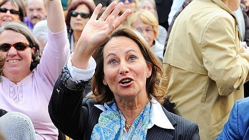 L'engagement solennel du PS, par la voix de Ségolène Royal, à rétablir la retraite à 60 ans en 2012, ne convainc pas les Français.