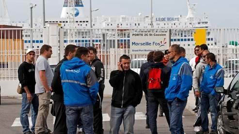 Les grévistes CGT reconduisent le mouvement pour 48 heures au porte de Marseille.