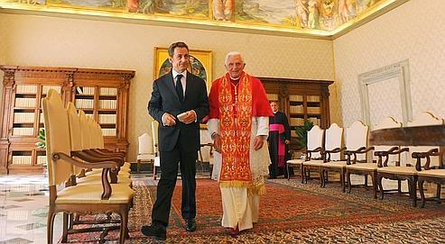 Nicolas Sarkozy a entamé sa visite au Vatican, hier, avec un entretien en tête à tête avec Benoît XVI.