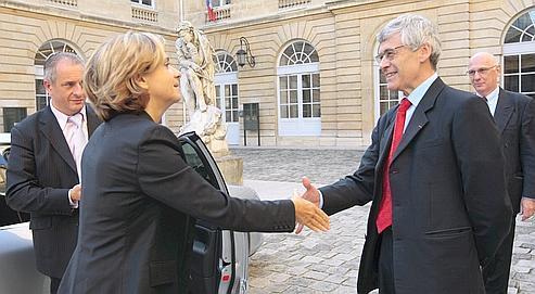 Valérie Pécresse et Pierre Tapie, présidentde la Conférence des grandes écoles, vendredi à Paris.