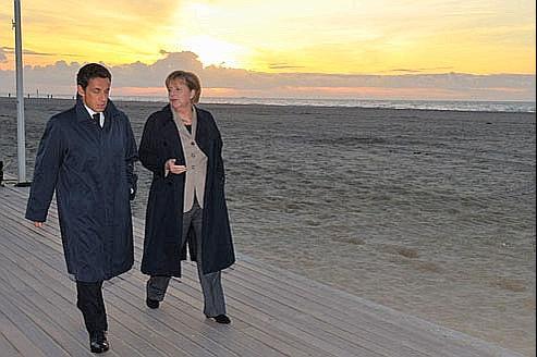Le président français, Nicolas Sarkozy, et la chancelière allemande, Angela Merkel, en octobre à Deauville. Crédits photo: Philippe Wojazer/Reuters