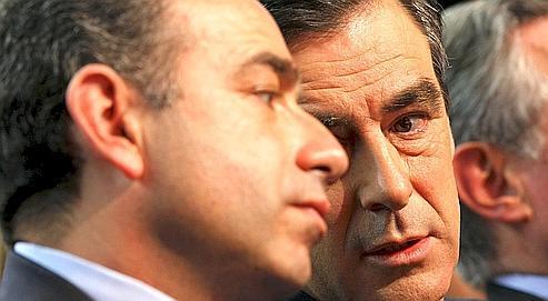 Jean-François Copé et François Fillon lors du conseil nationalde l'UMP, à Paris, en janvier 2010.
