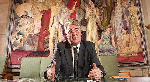 Jean-Paul Delevoye, dans son bureau du Palais d'Iéna, à Paris,où siège le Conseiléconomique, socialet environnemental.