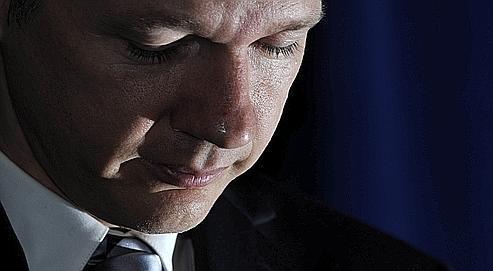 Les soupçons étranges qui pèsent sur Julian Assange