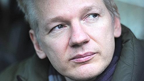 «Mlle A» et «Mlle W», les deux accusatrices de Julian Assange