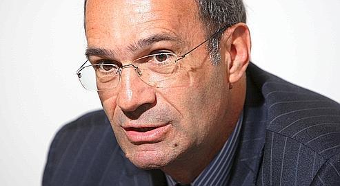 Éric Woerth dans son bureau de l'Assemblée Nationale à Paris, le 4 janvier 2011.