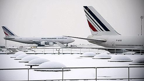 Avions Air France-KLM à l'aéroport de Charles de Gaulle-Roissy le 20 décembre