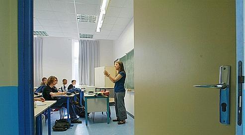 Cours de français dans une classe de première. Aujourd'hui, les missionsdes enseignants ont évolué et tendent aussi à se multiplier.