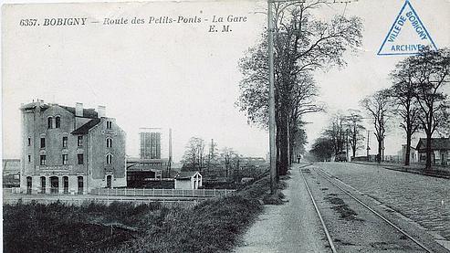 La gare de Bobigny (ici une carte postale de 1931) a été choisie pour son isolement qui permettait d'agir avec discrétion. Crédit photo: VILLE DE BOBIGNY