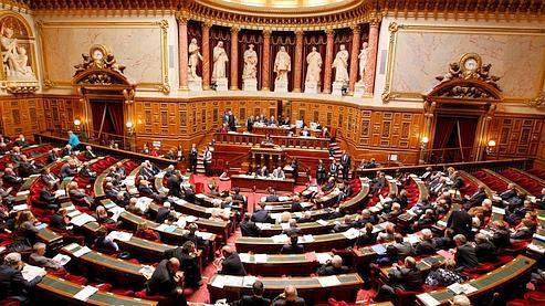 La proposition de loi doit être examinée en séance plenière ce mardi soir au Sénat.