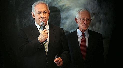 Stanley Fischer, le gouverneur de la Banque d'Israël (à droite).
