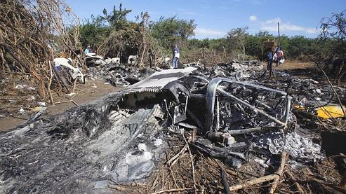 moins d 39 accidents d 39 avions mais plus de morts en 2010. Black Bedroom Furniture Sets. Home Design Ideas