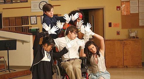 Vedettes du petit écran, les comédiens et chanteurs de Glee sont devenus des stars de la scène.