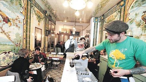 Pierre Jancou dans son nouveau restaurant Vivant (Xe).