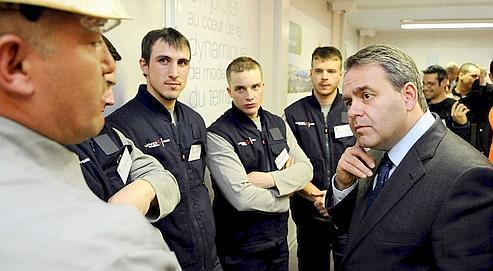 Le ministre du Travail Xavier Bertrand a visité en février dernier, au Havre, le chantier du Grand Stade.