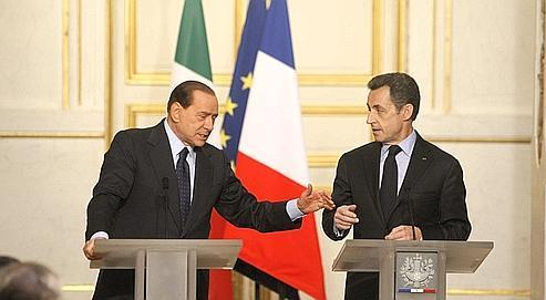 Silvio Berlusconi et Nicolas Sarkozy, lors du sommet franco-italien qui s'est déroulé à Paris en avril2010.