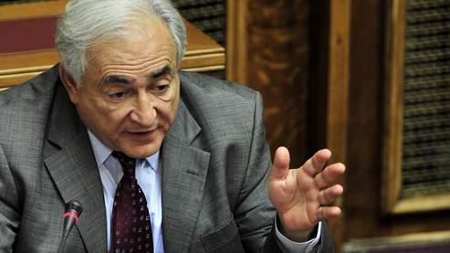 Dominique Strauss-Kahn au parlement grecque en décembre 2010.